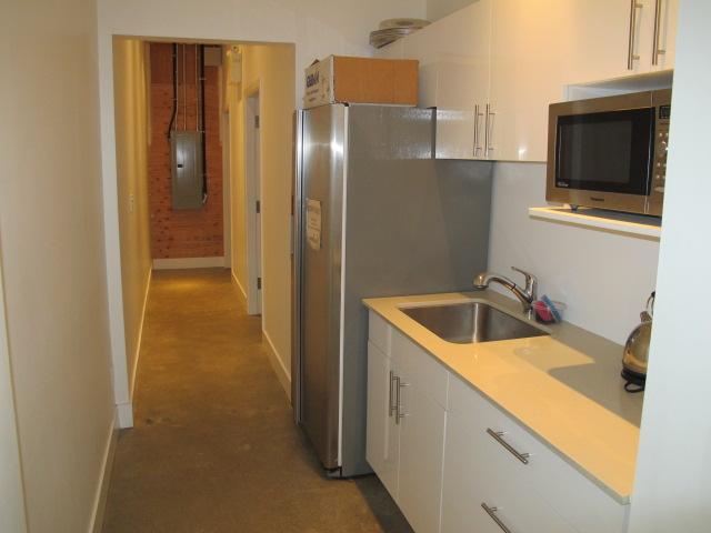Kitchen hall to bathrooms img 1036