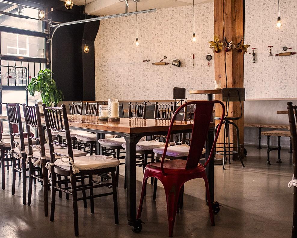 Cafe dining set up