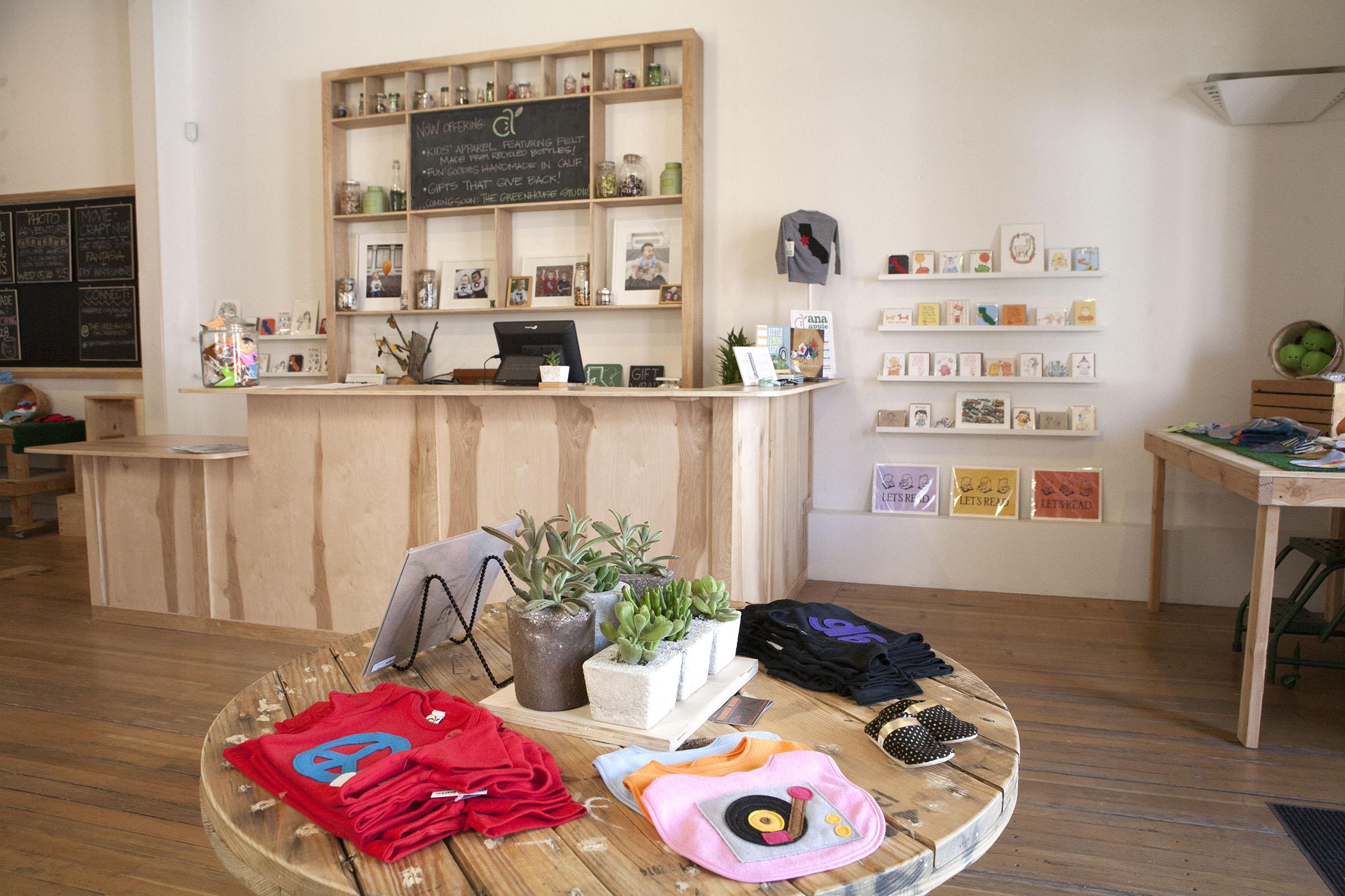 Store interior 4 web