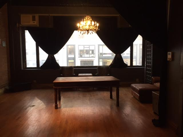 Frontroom