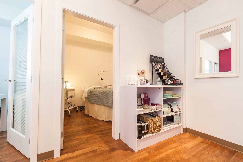 Lumiere skin health   wellness centre   web mg 7505