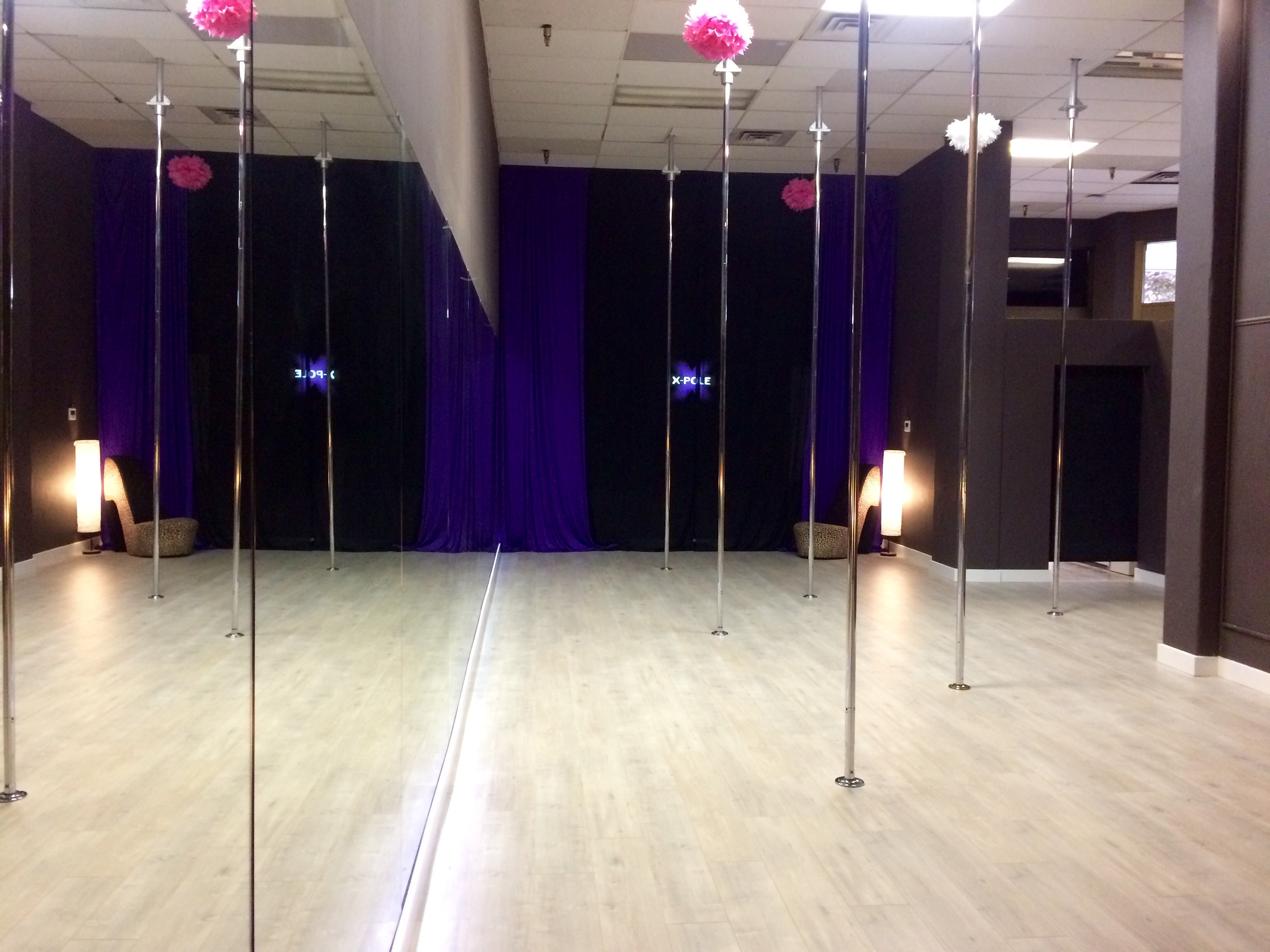 Pole room 3